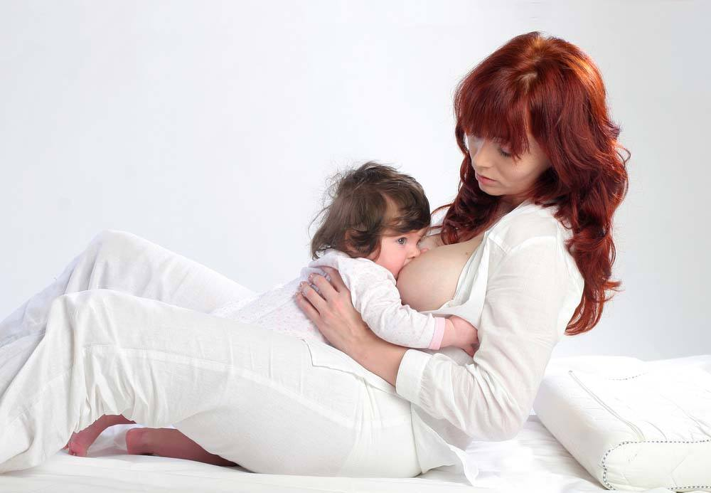 breastfeeding position - reclined
